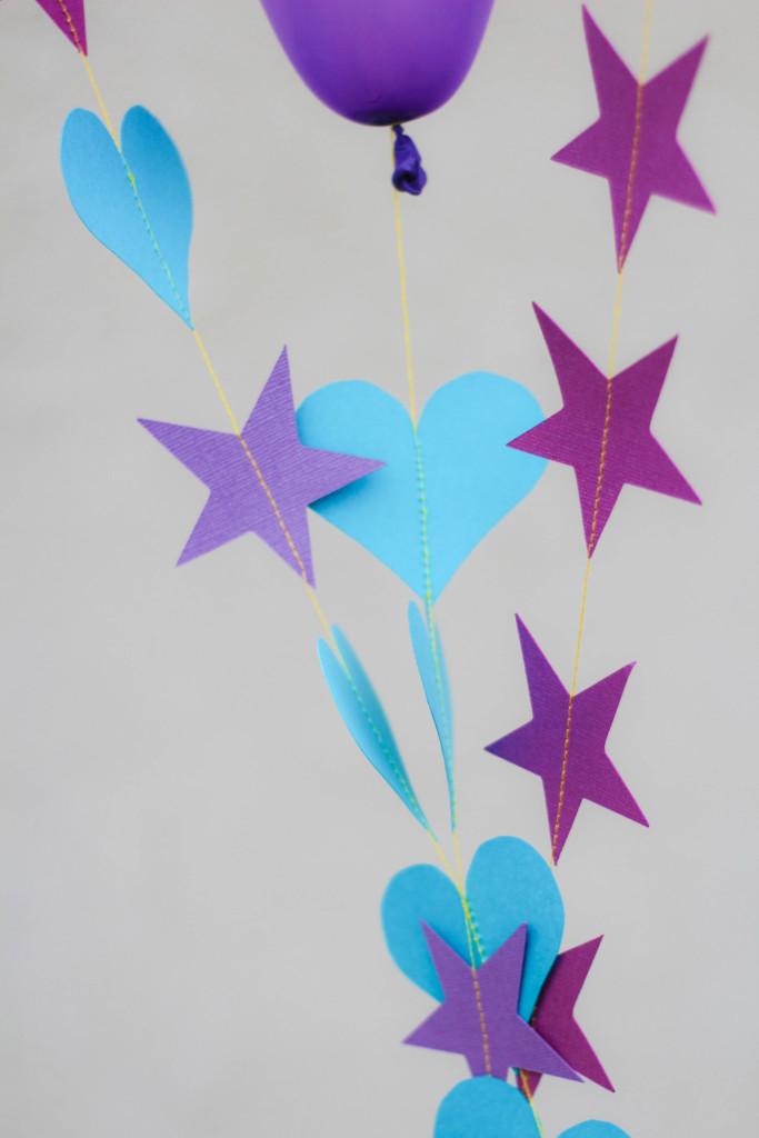 DIY-Balloon-Garland-12