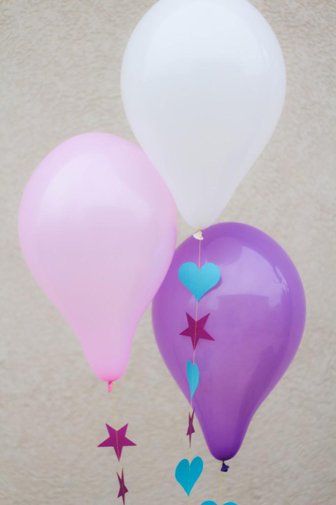 DIY-Balloon-Garland-2