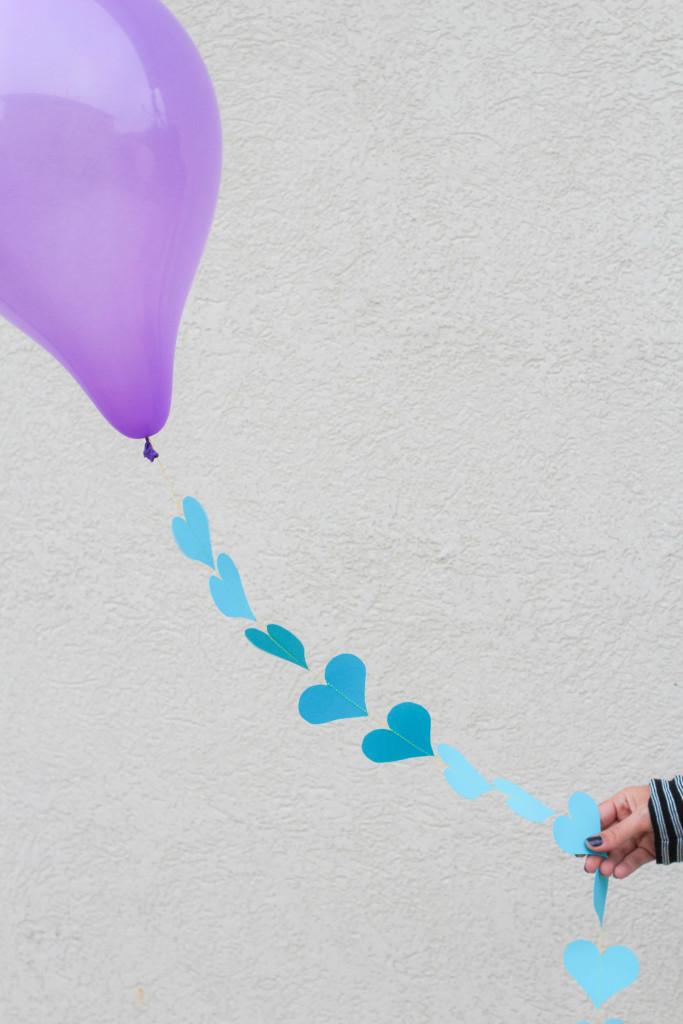 DIY-Balloon-Garland-7