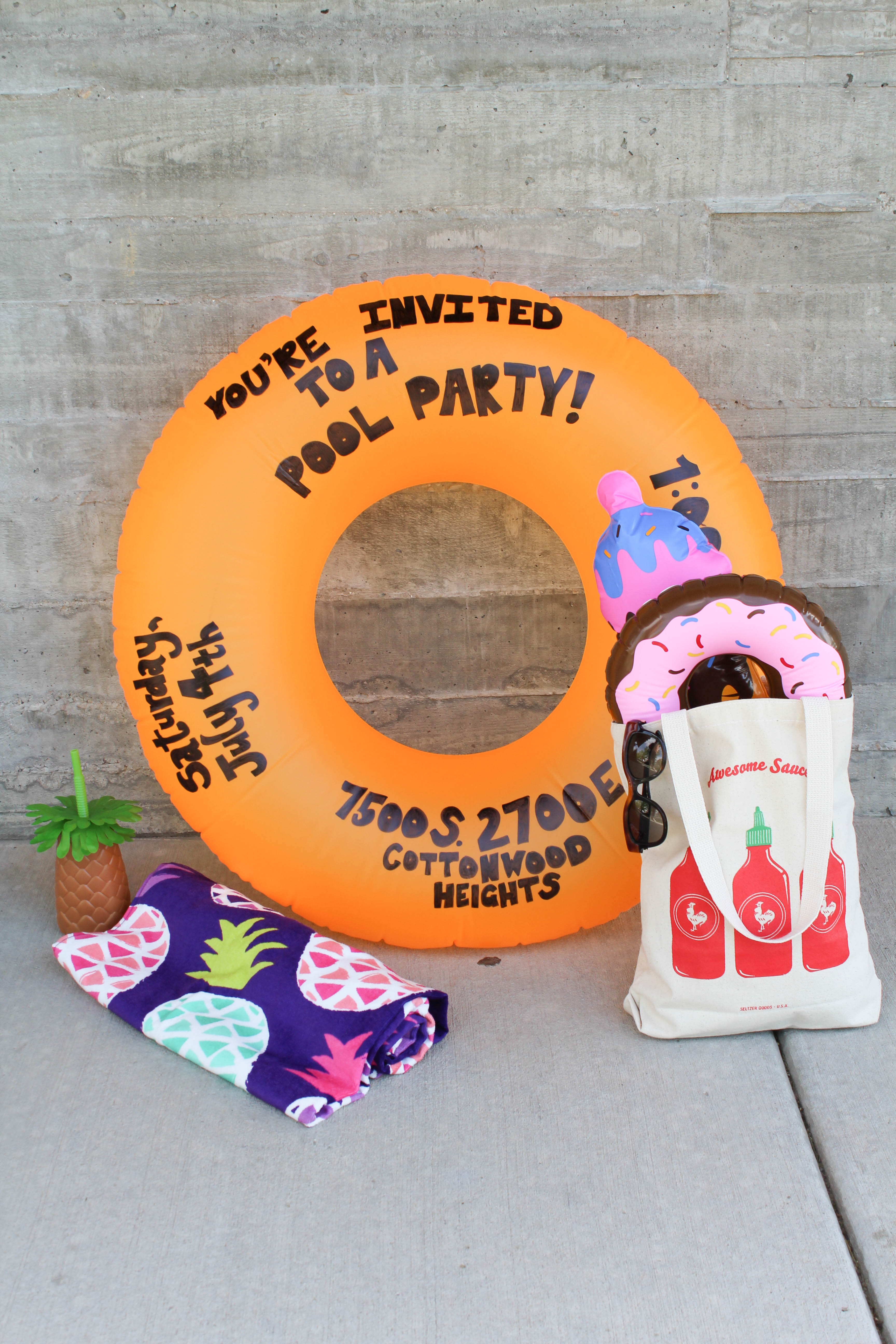 DIY Pool Party Float Invitation - Let's Mingle Blog