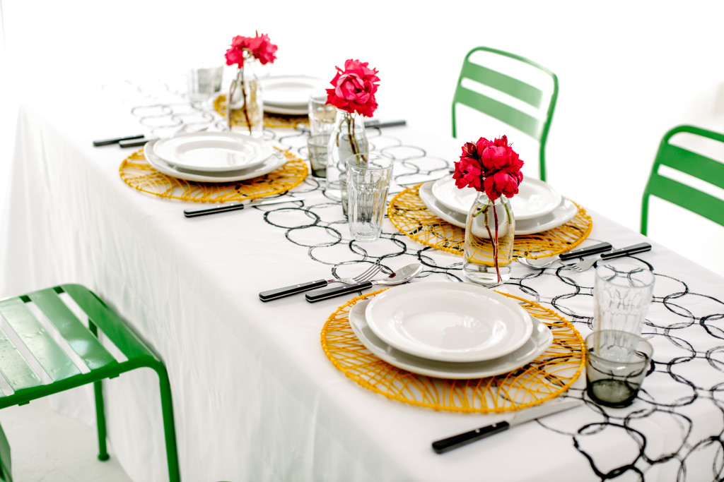 DIY Graphic Print Tablecloth