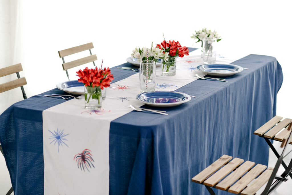 DIY Fireworks Table Runner