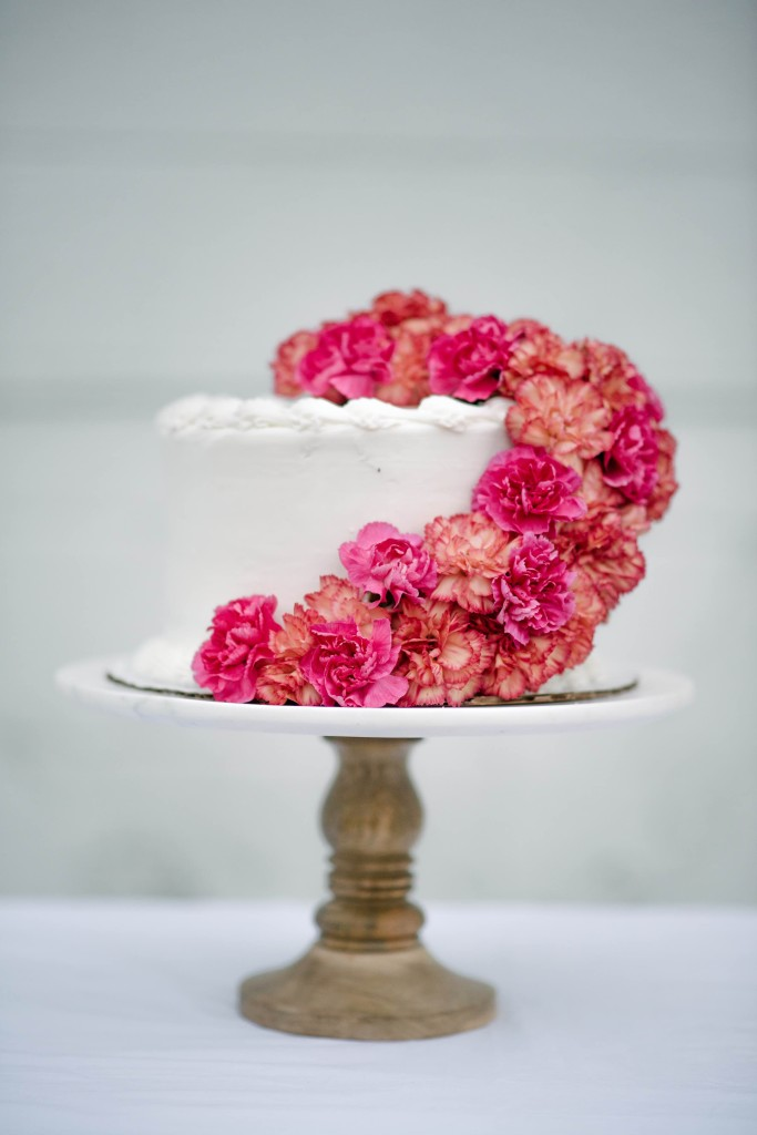 DIY Fresh Floral Cake Topper