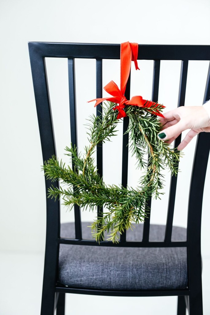 Easy Holiday Chair Wreaths