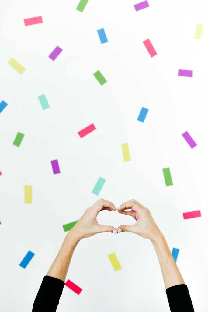 DIY Sprinkle Photobooth Backdrop