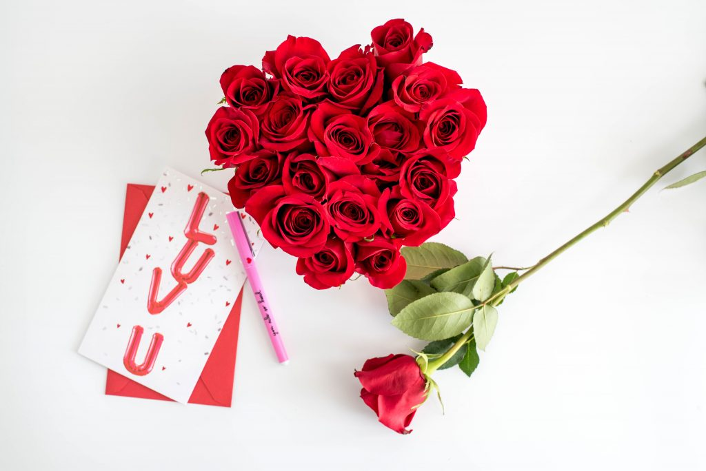 DIY Valentine's Day Flower Arrangement
