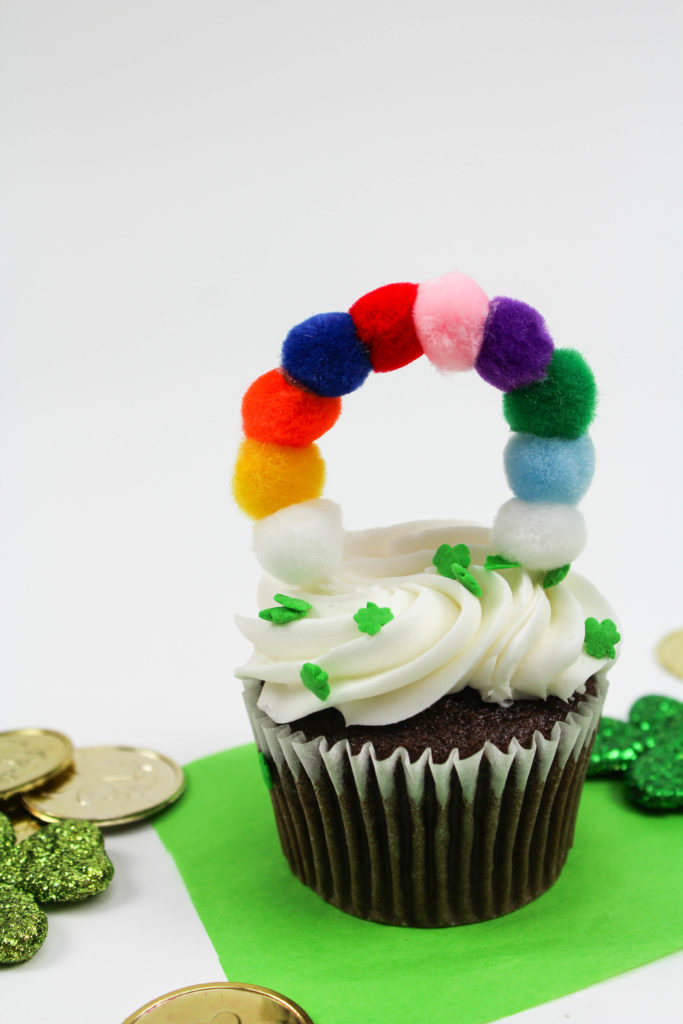 DIY St. Patricks Day Rainbow Cupcake Toppers