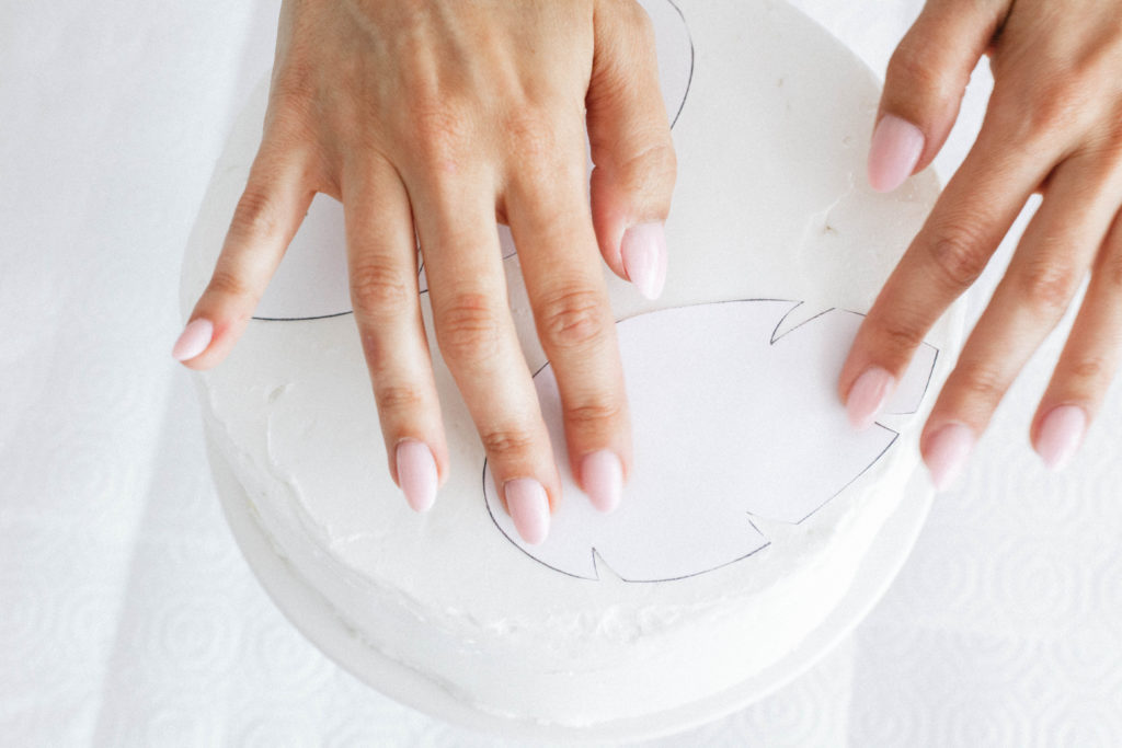 Cake Hacks: Spray Painted Cake